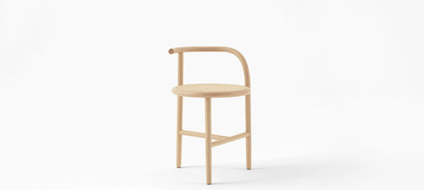 Nendo imagine Single-Curve collection pour Thonet