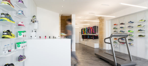 Boutique RUNSTORE Bordeaux par le studio Hekla