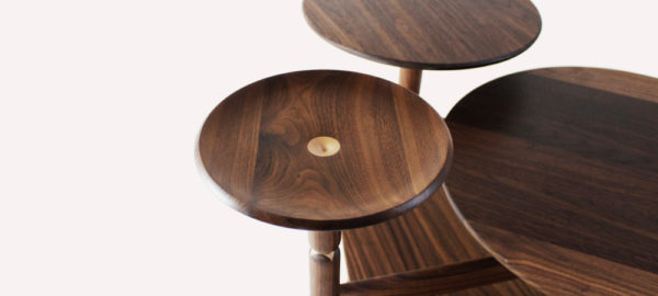 Lotus table d'appoint par Lu Xu