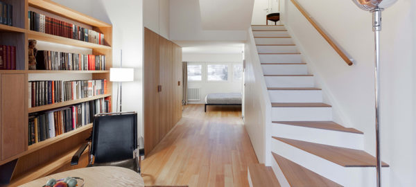 L'appartement multi-fonctionnel compact de 33m2 par le studio Bazi